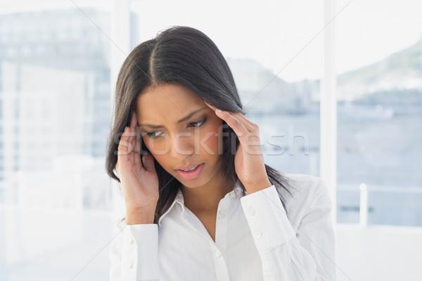 Femme d'affaires maux de tête travaux bureau Homme belle Photo stock © wavebreak_media