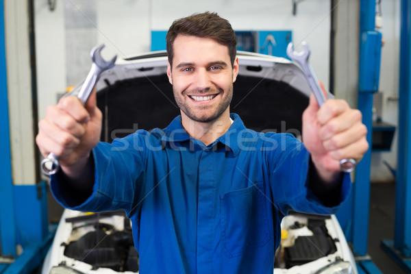 Mecânico par chaves reparar garagem Foto stock © wavebreak_media