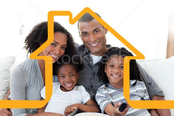 изображение семьи Смотря телевизор домой дома Сток-фото © wavebreak_media