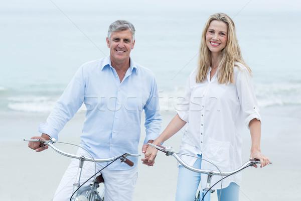 Mutlu çift bisiklete binme birlikte plaj sevmek Stok fotoğraf © wavebreak_media