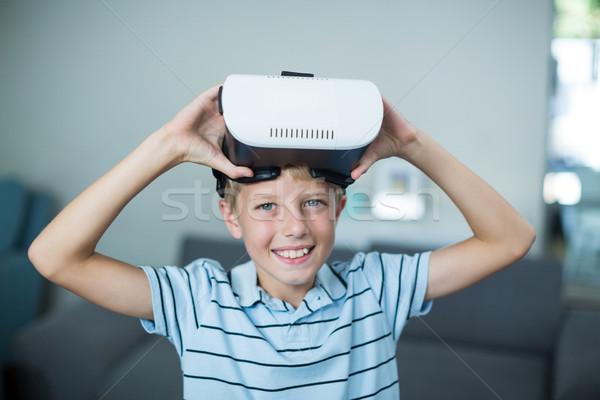 Ritratto ragazzo virtuale realtà auricolare Foto d'archivio © wavebreak_media