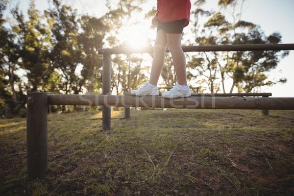 Alacsony részleg gyerek sétál akadály akadályfutás Stock fotó © wavebreak_media