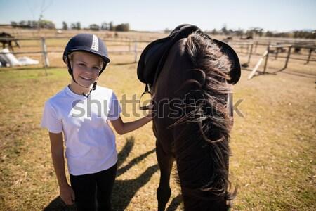 вид сбоку женщины ветеринар обуви лошади ногу Сток-фото © wavebreak_media