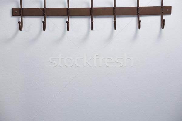 Lege haak bevestigd muur metaal Stockfoto © wavebreak_media