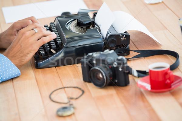 Type écrivain bureau papier café Photo stock © wavebreak_media