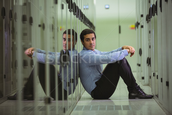 Retrato técnico sessão piso servidor quarto Foto stock © wavebreak_media