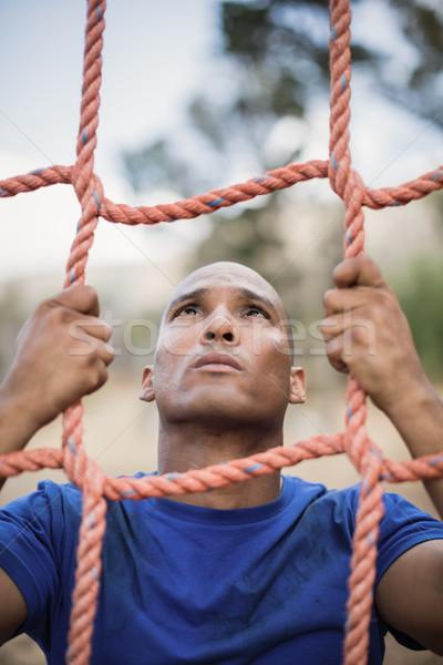 Dopasować człowiek wspinaczki netto fitness Zdjęcia stock © wavebreak_media