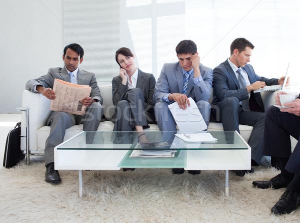 Nemzetközi üzlet emberek ül váróterem üzlet divat Stock fotó © wavebreak_media
