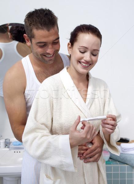 Stockfoto: Gelukkig · paar · badkamer · naar · zwangerschaptest