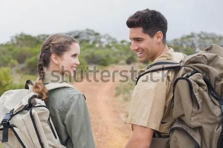 Couple photos montagne terrain randonnée Photo stock © wavebreak_media