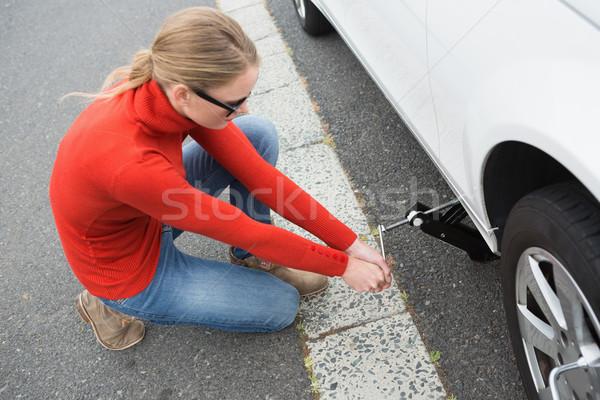 женщину шин автомобилей колесо жизни ремонта Сток-фото © wavebreak_media