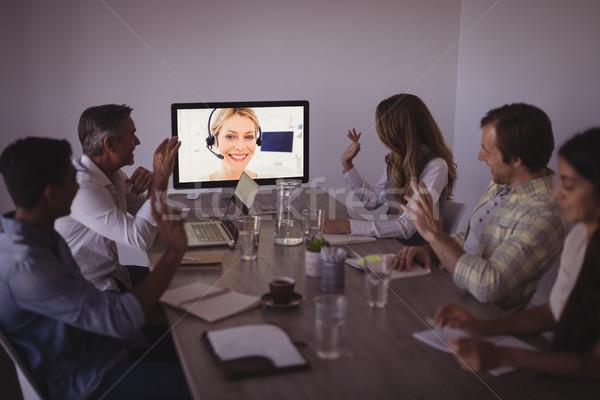 Zakenlieden praten expert video conferentie kantoor Stockfoto © wavebreak_media