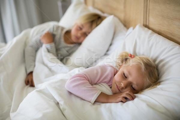Lány alszik hálószoba otthon gyermek notebook Stock fotó © wavebreak_media