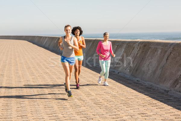 Kobiet jogging wraz promenada kobieta Zdjęcia stock © wavebreak_media
