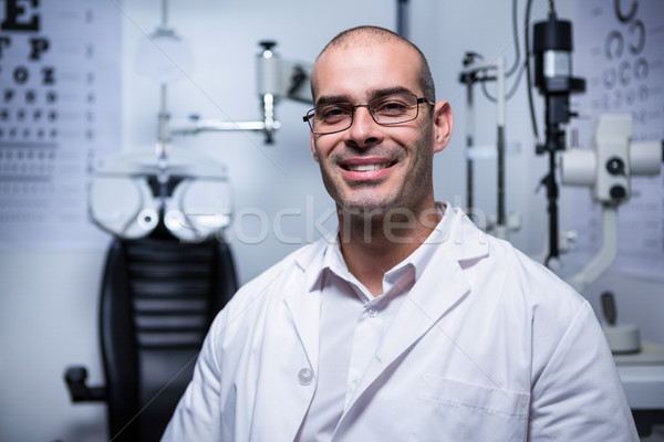 Portré férfi optometrikus mosolyog szemészet klinika Stock fotó © wavebreak_media