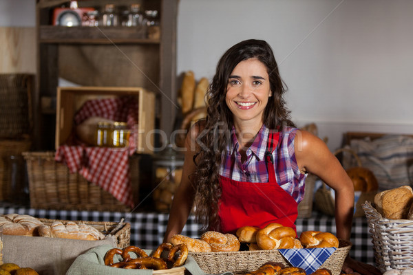 肖像 女 員工 常設 麵包店 商業照片 © wavebreak_media