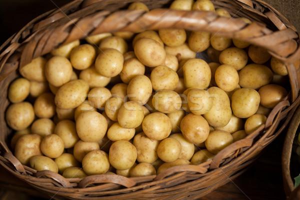 Közelkép krumpli fonott kosár organikus részleg Stock fotó © wavebreak_media