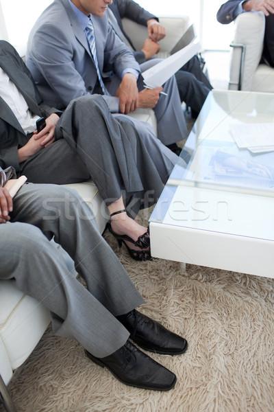 Primer plano gente de negocios sala de espera negocios moda Foto stock © wavebreak_media
