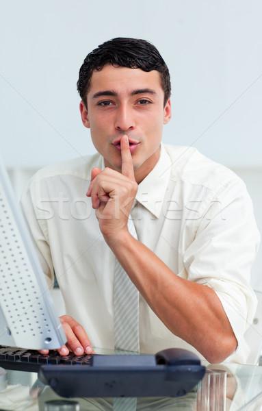 Jonge zakenman vragen stilte kantoor business Stockfoto © wavebreak_media