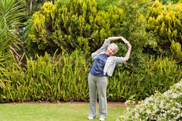 Emeryturę kobieta ogród sportu charakter fitness Zdjęcia stock © wavebreak_media