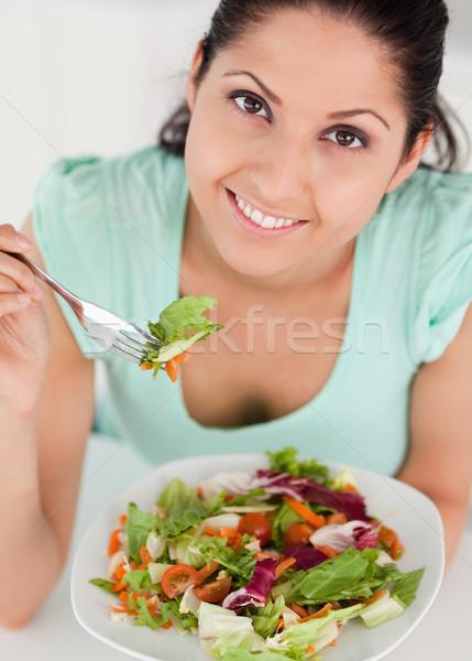 Stok fotoğraf: Genç · kadın · salata · çatal · gıda · el