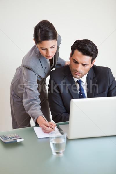 Portré jól kinéző üzleti csapat dolgozik laptop iroda Stock fotó © wavebreak_media