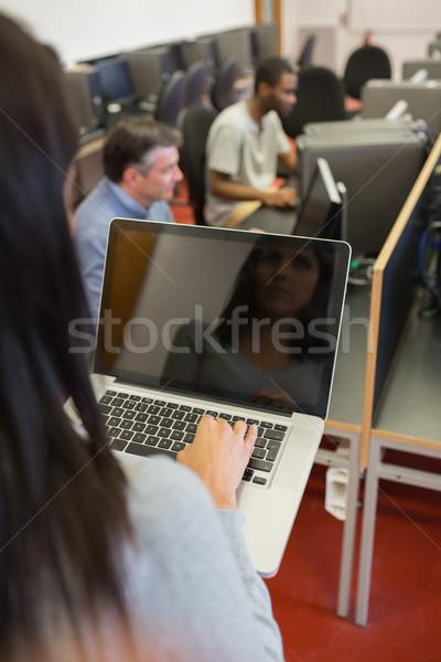 女性 ノートブック 教育 コンピュータ クラス ストックフォト © wavebreak_media