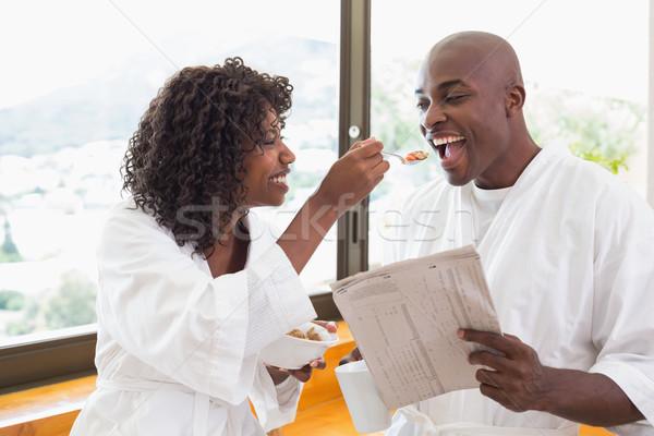 Gelukkig paar ontbijt samen home keuken Stockfoto © wavebreak_media