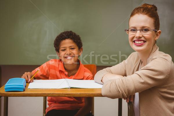 教師 少年 宿題 教室 肖像 ストックフォト © wavebreak_media