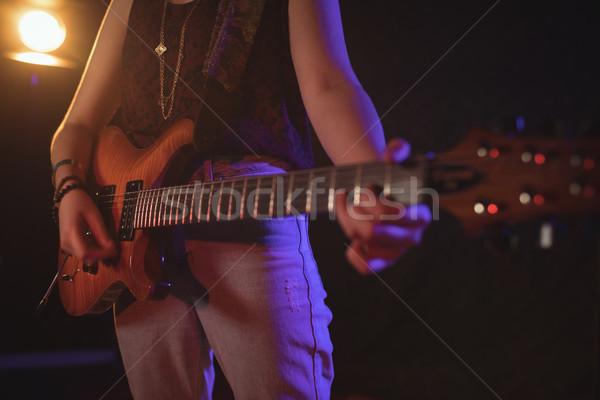 Femminile chitarrista musica concerto Foto d'archivio © wavebreak_media
