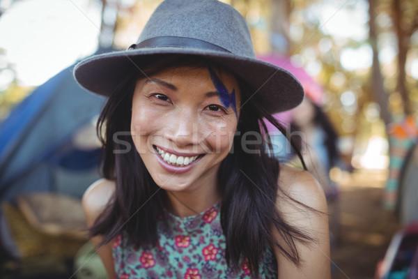 Retrato sorridente mulher jovem cinza seis Foto stock © wavebreak_media