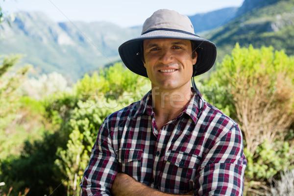 Portré mosolyog gazda áll keresztbe tett kar farm Stock fotó © wavebreak_media