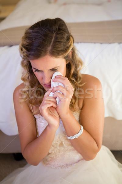 Vue triste mariée pleurer séance Photo stock © wavebreak_media