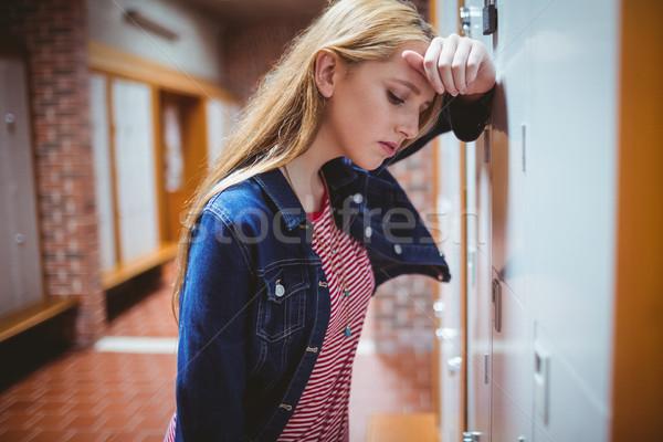 Aggódó dől öltözőszekrény egyetem lány diák Stock fotó © wavebreak_media