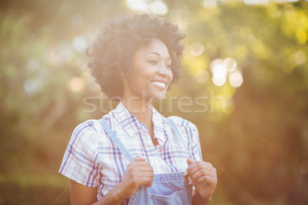 Glimlachende vrouw tuin vrouw gelukkig zwarte Stockfoto © wavebreak_media