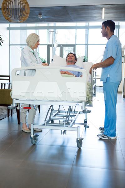 Doktorlar hasta acil durum kadın tıbbi hastane Stok fotoğraf © wavebreak_media