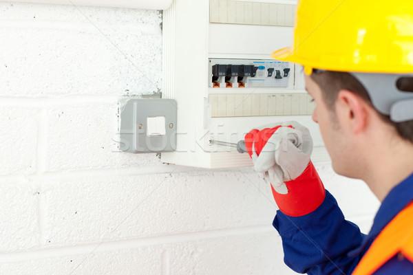 érett villanyszerelő javít erő terv munka Stock fotó © wavebreak_media