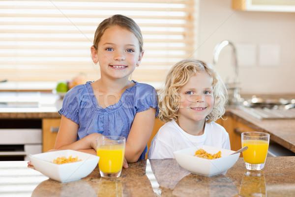 微笑 早餐 背後 廚房櫃檯 食品 商業照片 © wavebreak_media