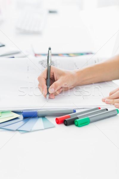 Művész rajz valami papír toll iroda Stock fotó © wavebreak_media