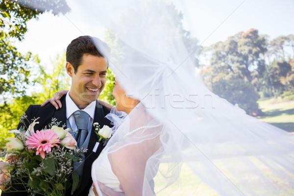 Romantica newlywed guardando altro parco primo piano Foto d'archivio © wavebreak_media