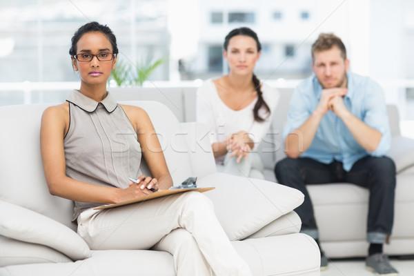 Retrato terapeuta infeliz casal homem sofá Foto stock © wavebreak_media