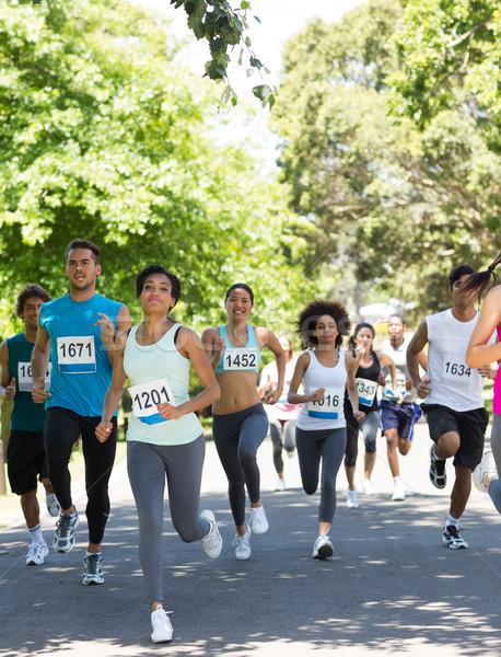 Maraton çalışma grup sokak ağaç Stok fotoğraf © wavebreak_media