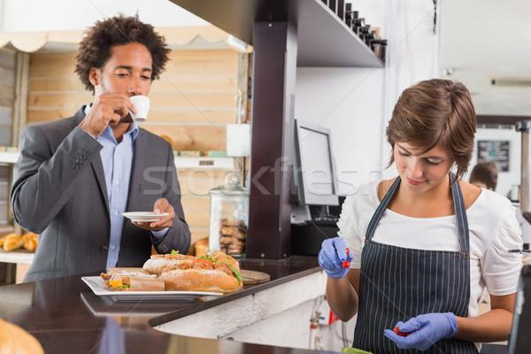Gelukkig server counter coffeeshop business Stockfoto © wavebreak_media