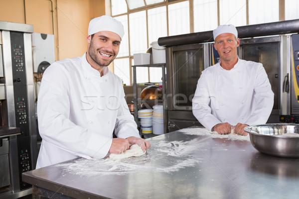Сток-фото: команда · коммерческих · кухне · счастливым · ресторан