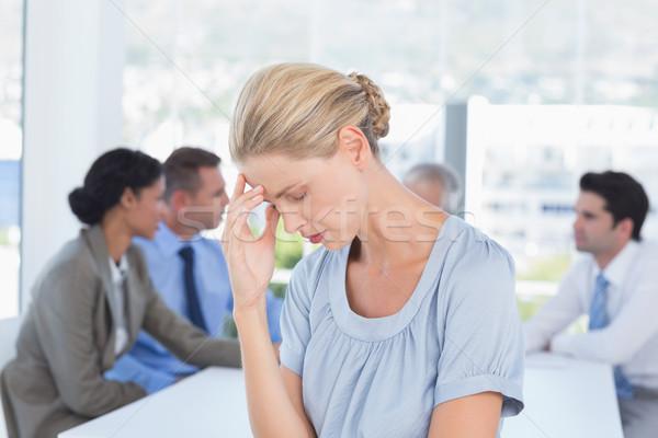Decepcionado mujer de negocios equipo oficina reunión gente de negocios Foto stock © wavebreak_media