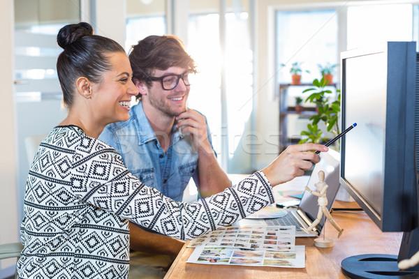 Profissional trabalhando fotos escritório negócio mulher Foto stock © wavebreak_media