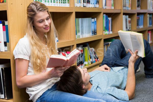 Diákok olvas együtt könyvtár egyetem iskola Stock fotó © wavebreak_media