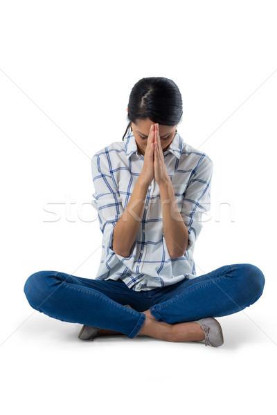 Mujer rezando blanco mujer hermosa teléfono triste Foto stock © wavebreak_media