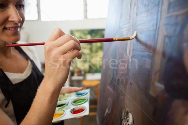 Mujer pintura lienzo dibujo clase atento Foto stock © wavebreak_media