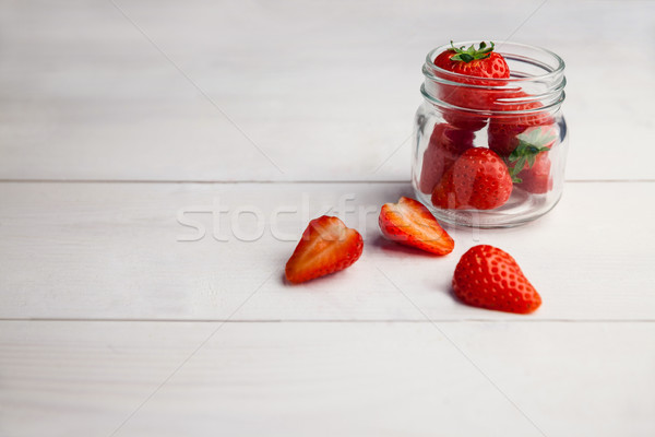 Taze çilek cam kavanoz ahşap masa Stok fotoğraf © wavebreak_media